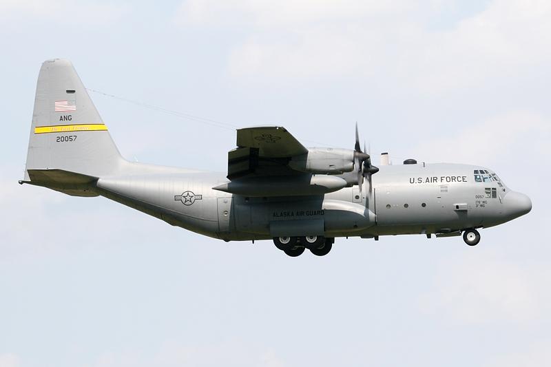 06_82-0057_USAF_C130_ANG_IMG_0588.jpg