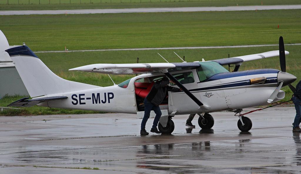 SE-MJP Cessna U206F Stationair Super 6, Västerås ESOW