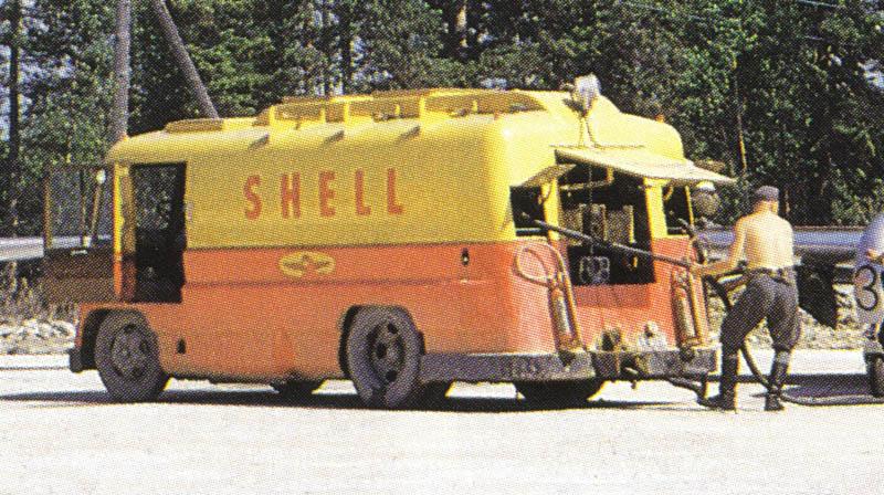 shell_tankkiauto_porissa_1954.jpg.e5eac669c3e36dfa5076ed4fab934621.jpg