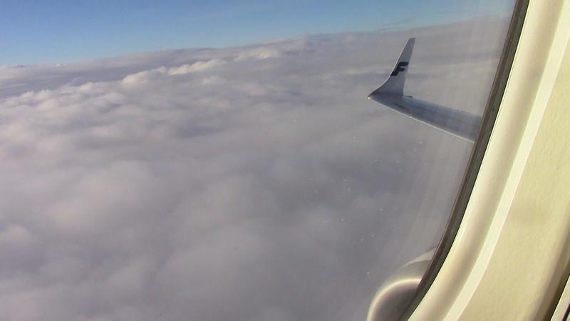 embraer_in_flight.jpg.f817345227f6685ca29cdeffdd5f00ec.jpg
