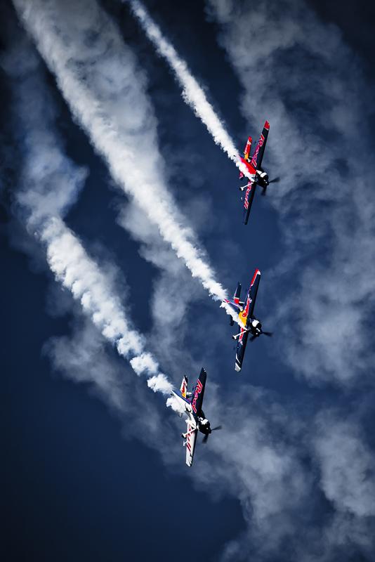 flying_bulls_ff.jpg.543c8c8f5b03c2f78d03c6d0c4972e0d.jpg