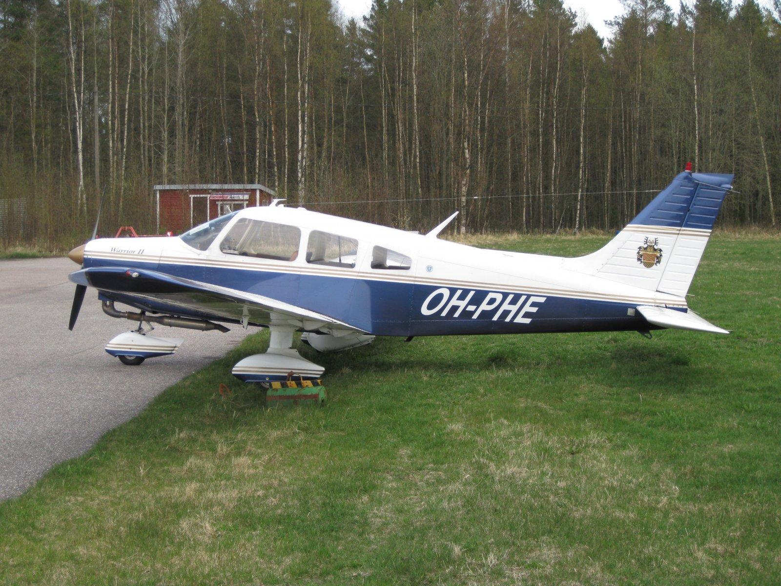 Piper Warrior PA28-161 OH-PHE EFHN 2008-05-03