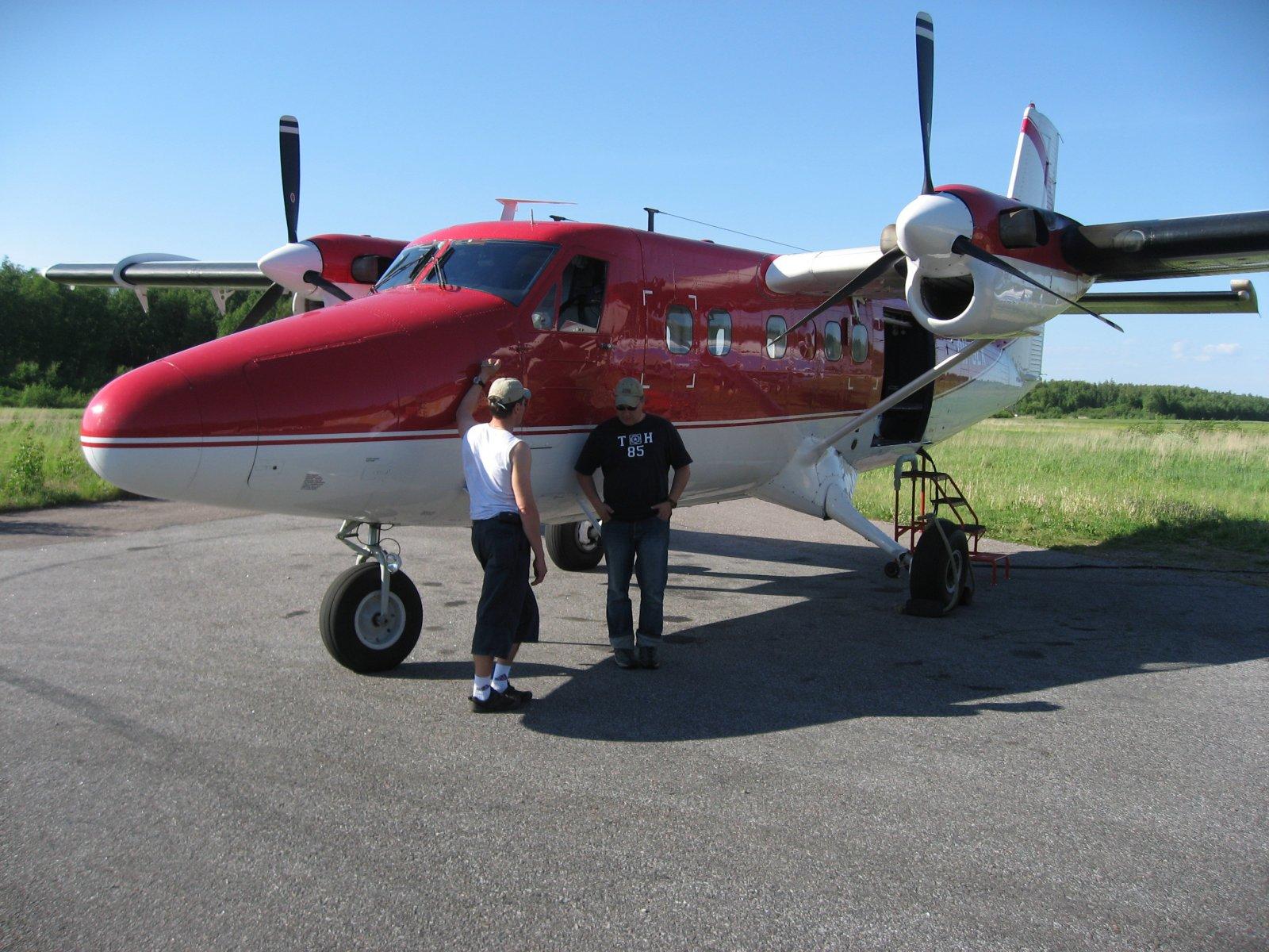 DHC6-300 OH-SLK EFHN 2007-06-09
