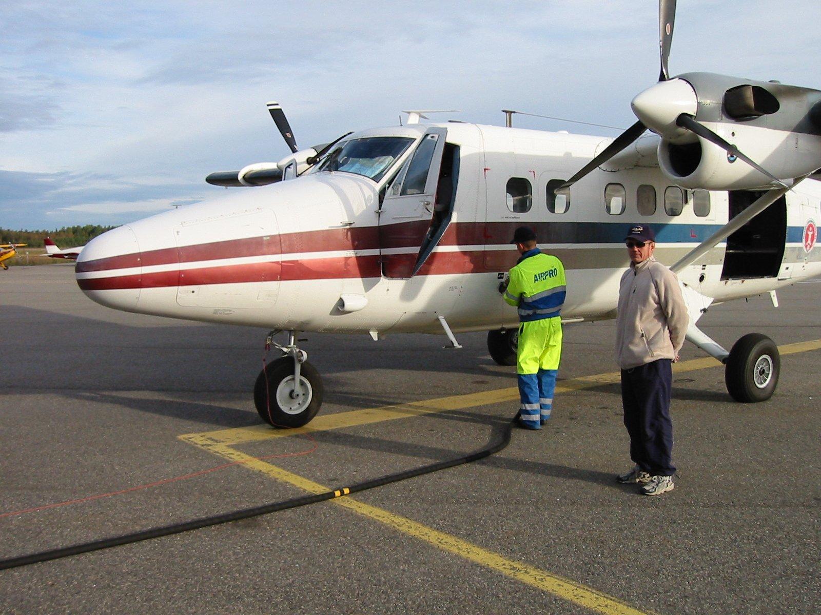 DHC-6-300 Twin Otter OH-SLK EFTU 2002-09-20 Esa Tiainen