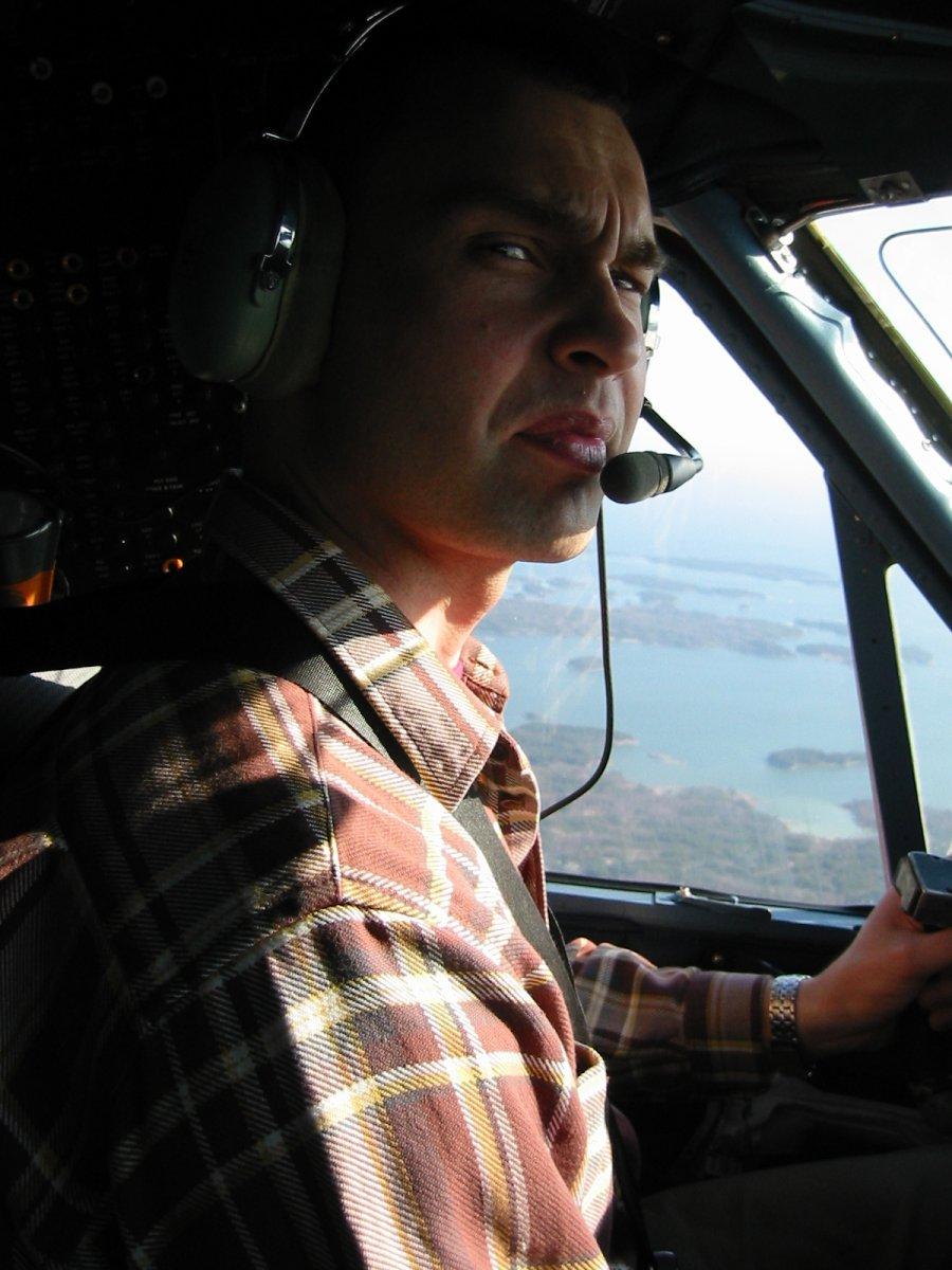 DHC-6-300 Twin Otter OH-SLK EFHF-EFHN 2003-05-09