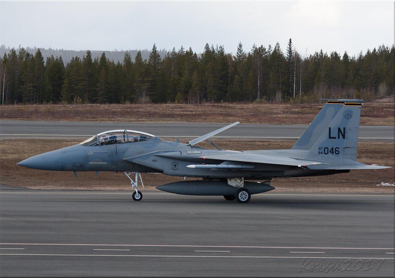 "F15 ""morjenstaa"""