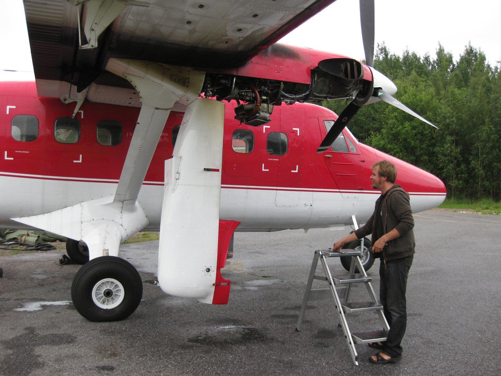 DHC-6-300 Twin Otter OH-SLK EFHN 2008-07-14