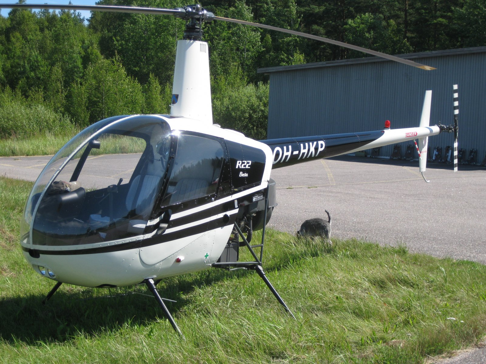 Robinson R22 Beta OH-HKP EFHN 2008-07-23