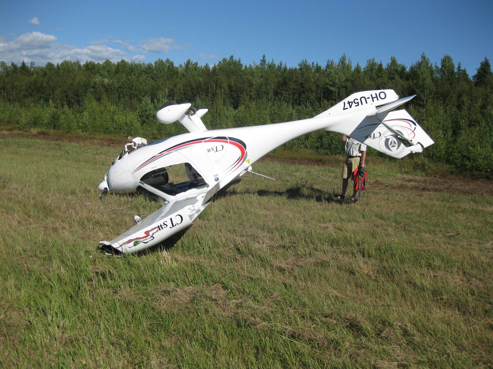 Flight Design CTSW OH-U547 EFHN 2008-07-24