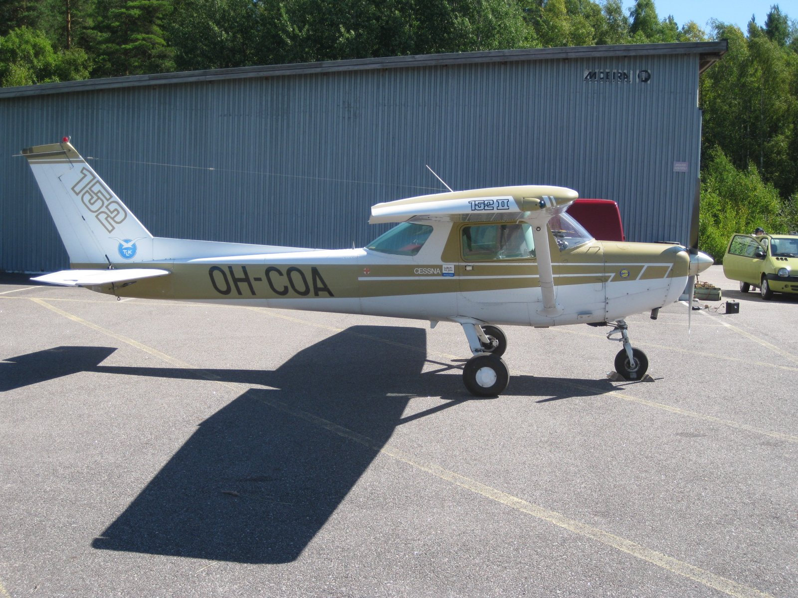 Cessna C152 II OH-COA EFHN 2008-07-31