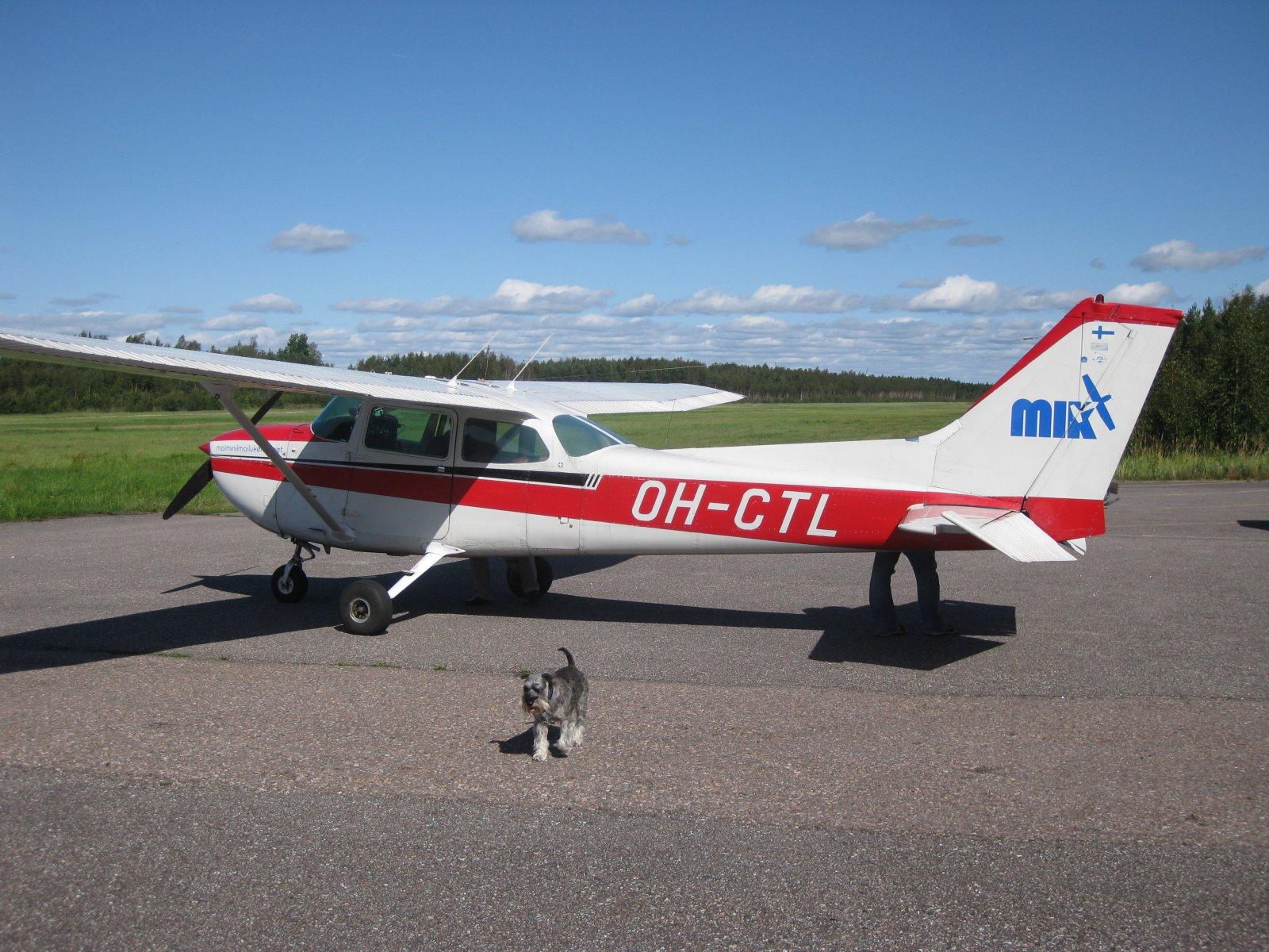 Cessna C172M OH-CTL EFHN 2008-08-23