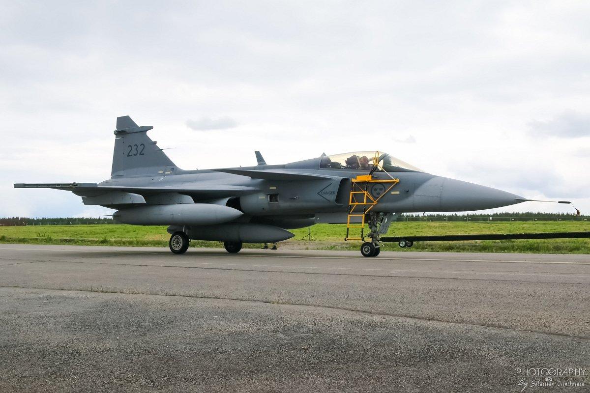 39232 Saab JAS 39C Gripen 11.6.