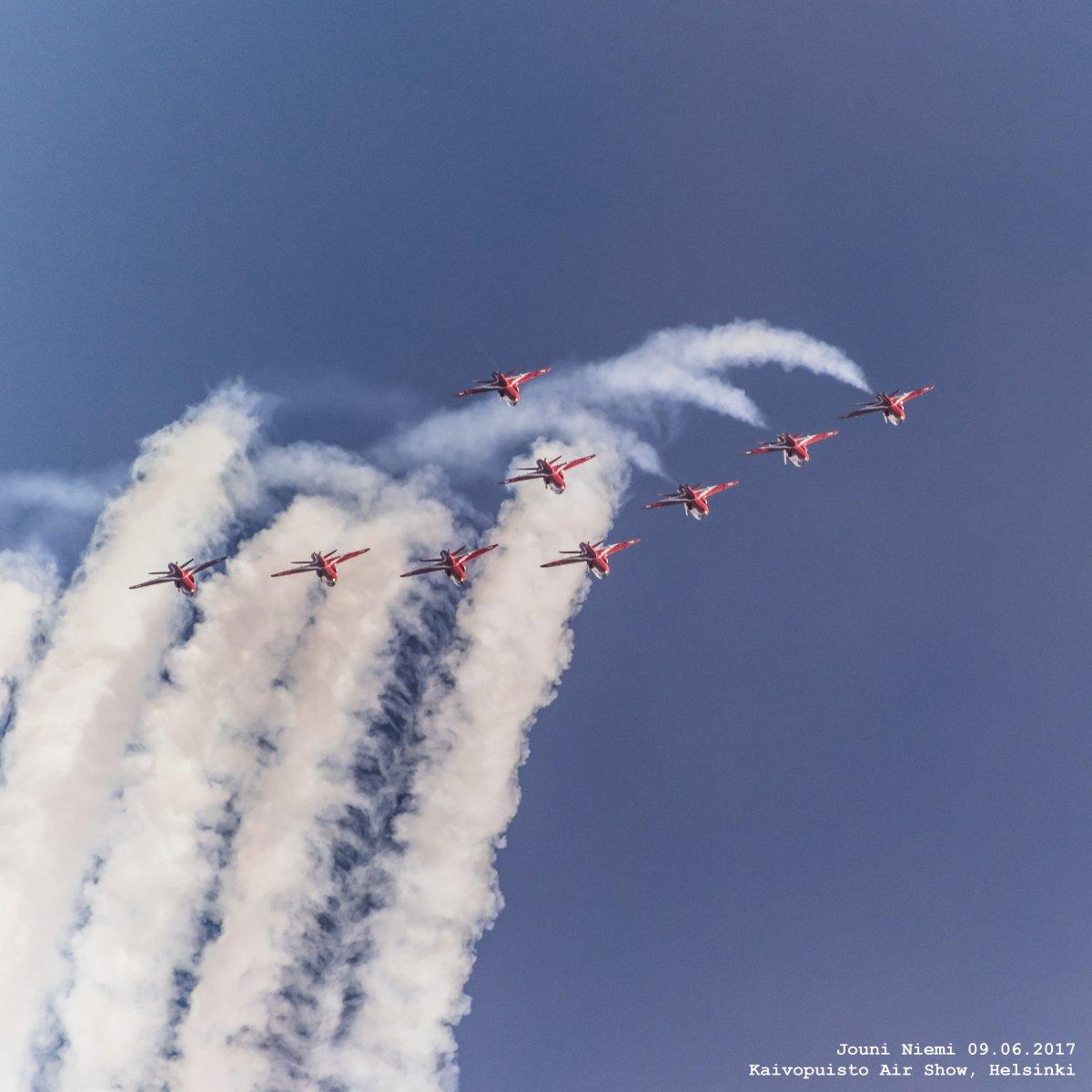 Red Arrows Kaivopuiston Lentonäytöksessä