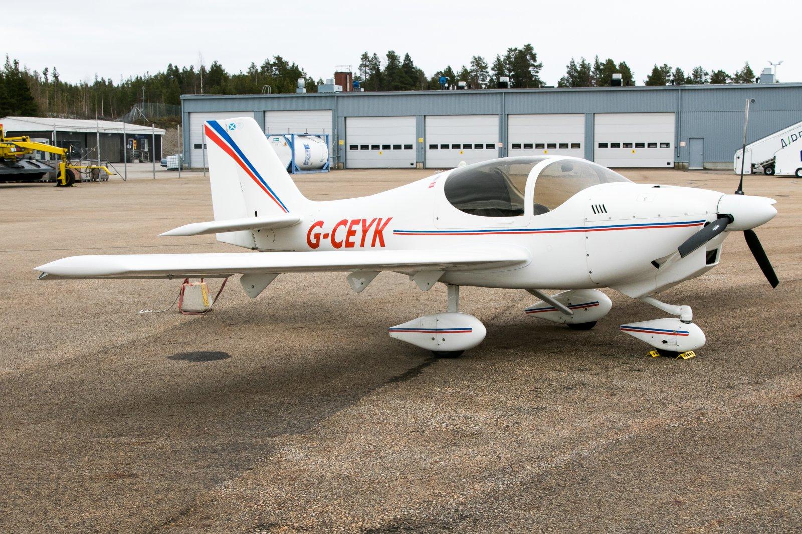 G-CEYK, Europa XS Tri-Gear