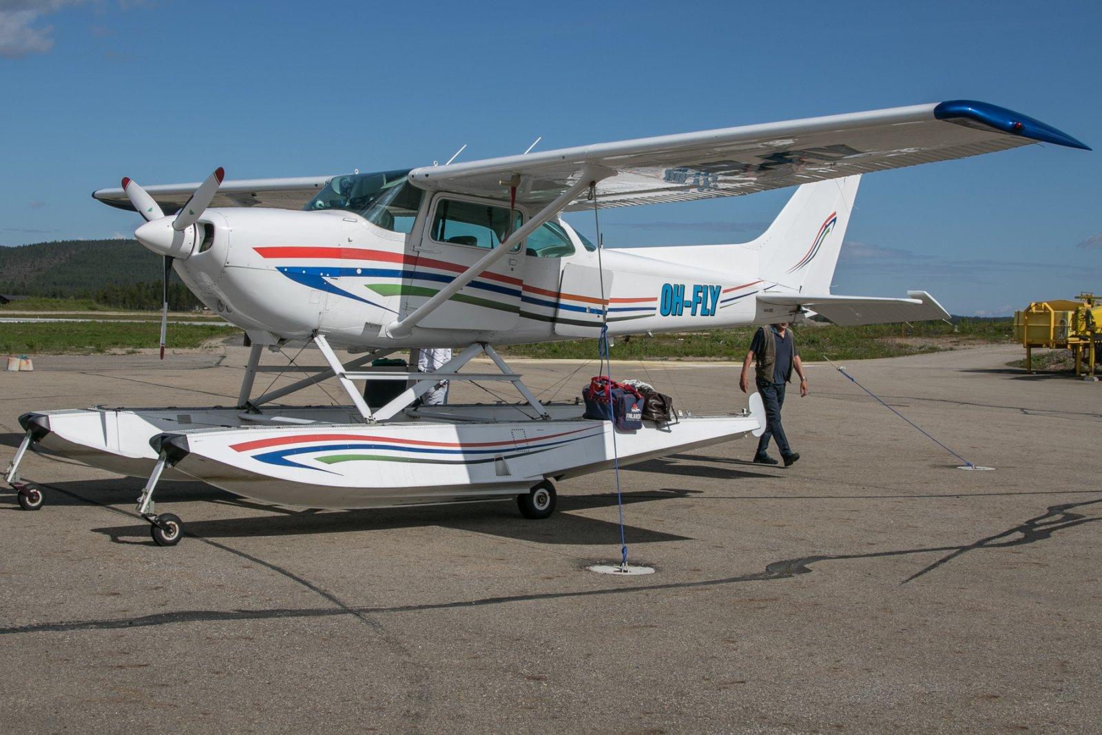 OH-FLY, Cessna R172 Hawk XPII. 30.6
