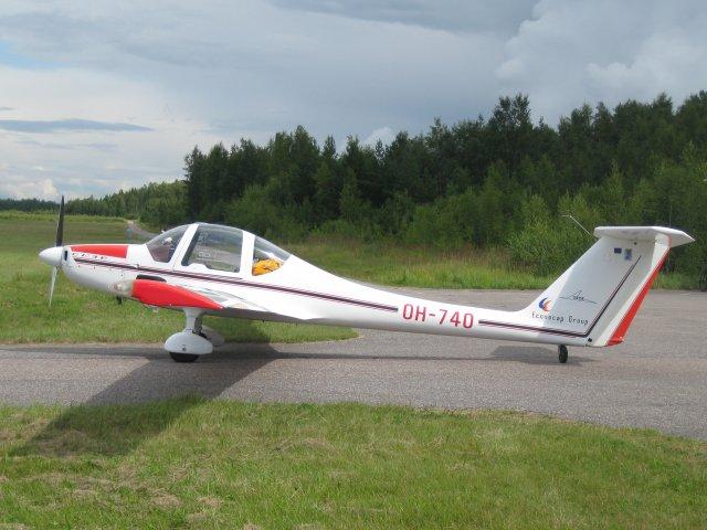 Grob G109B OH-740 EFHN 2009-08-02