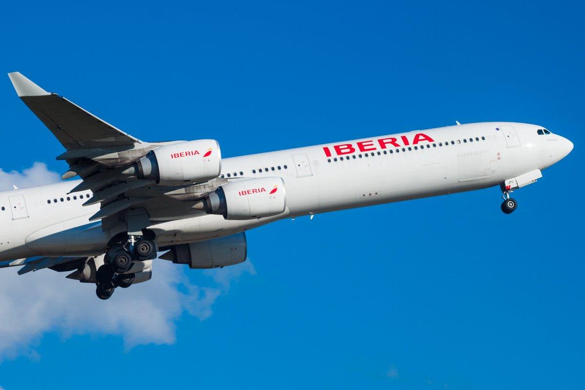 Iberia A340-642 EC-JPU