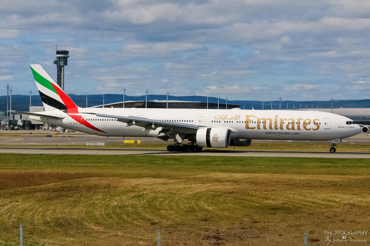 A6-EGQ Emirates Boeing B777-300ER