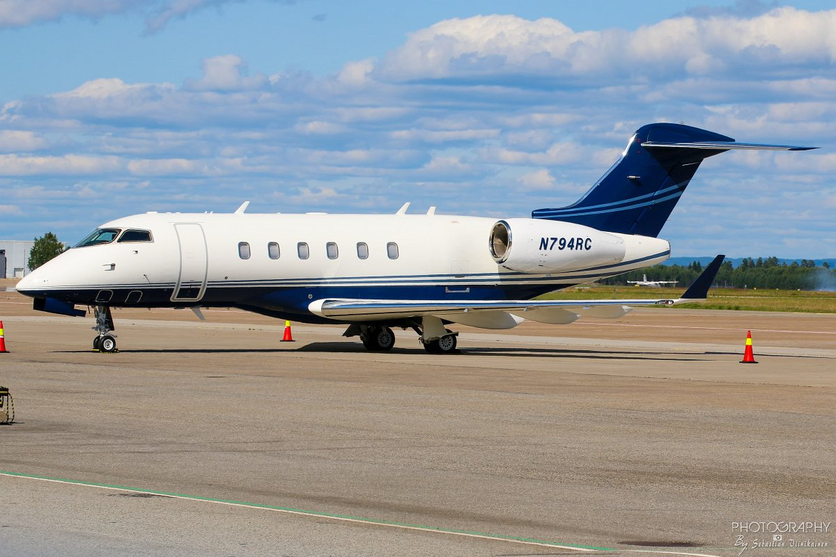 N794RC Bombardier BD-100-1A10 Challenger 300
