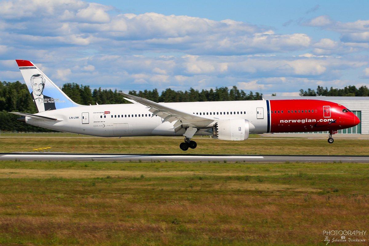 LN-LNK Norwegian B787-900 Dreamliner