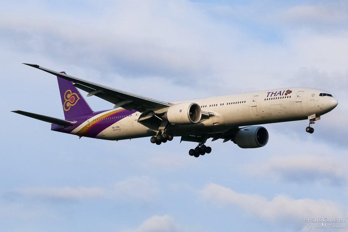 HS-TKK Thai Airways B777-300ER