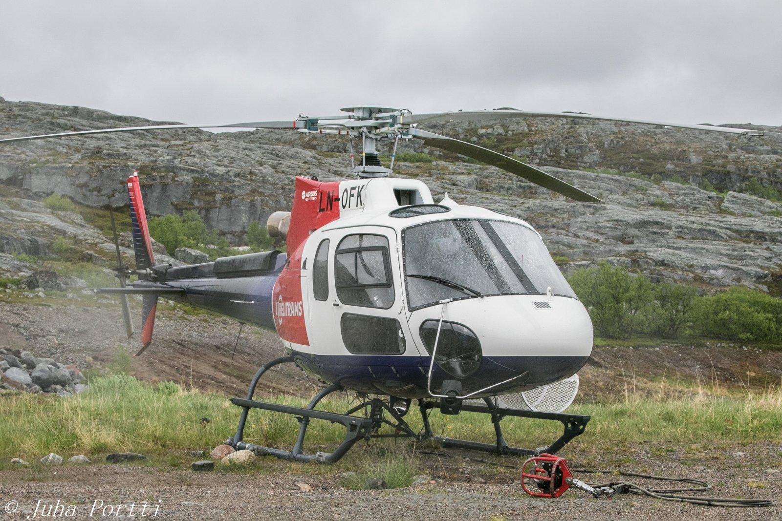 LN-OFK. Airbus Helicopters AS 350 B3.  Kuvattu 6.7 Pykeijan lähettyvillä pohjois Norjassa.