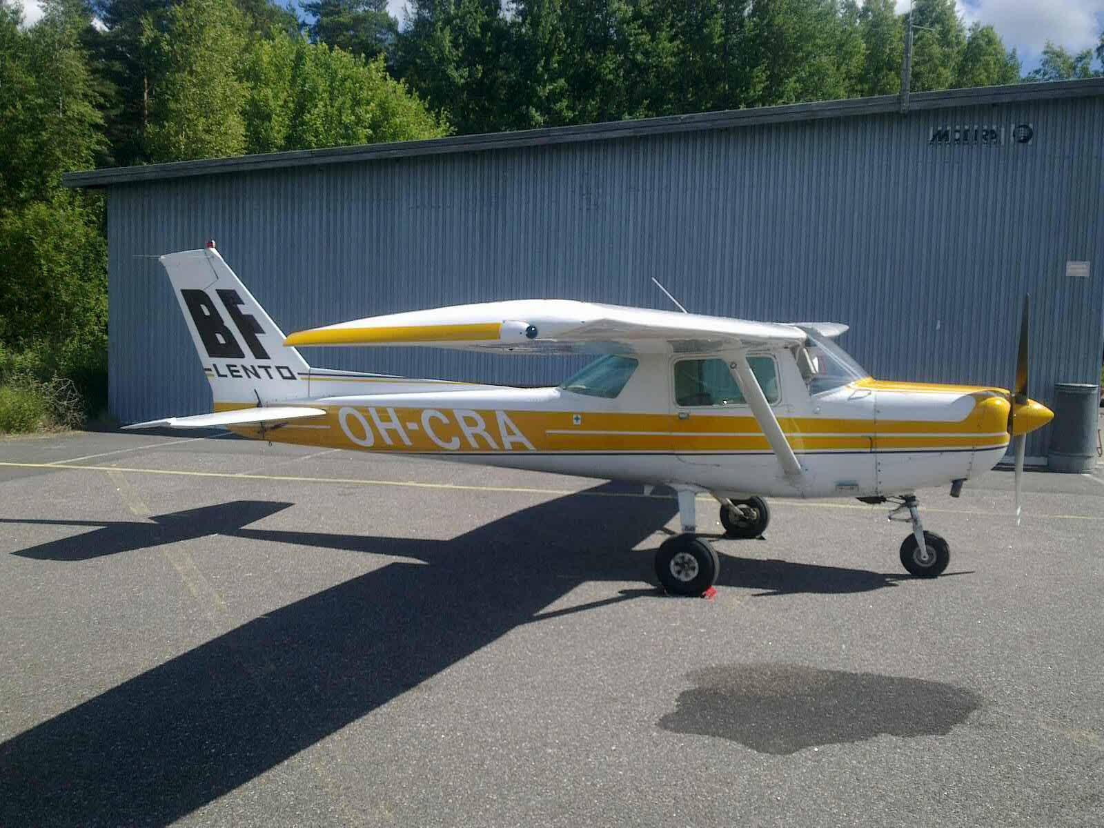 Cessna C152 OH-CRA EFHN 2017-07-21