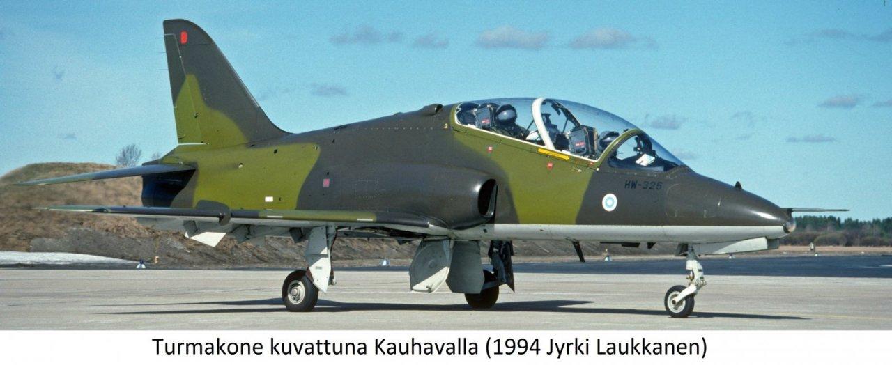HW-325 at EFKA Apr 94rajattuRetus+teksti_edited.jpg