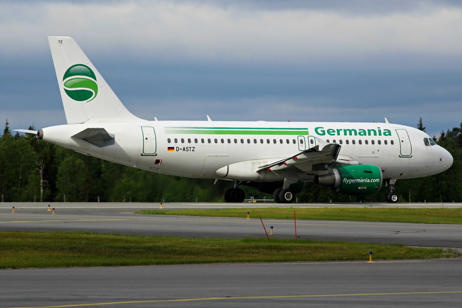 D-ASTZ Germania Airbus A319-112