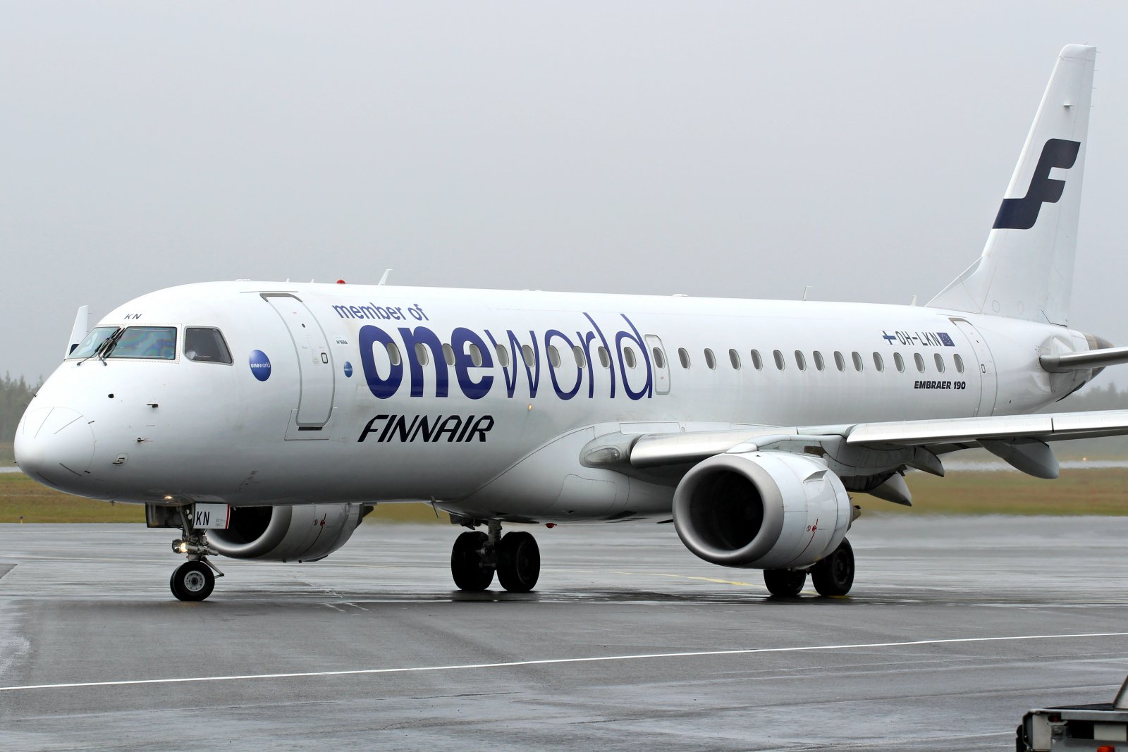 OH-LKN Embraer ERJ-190LR