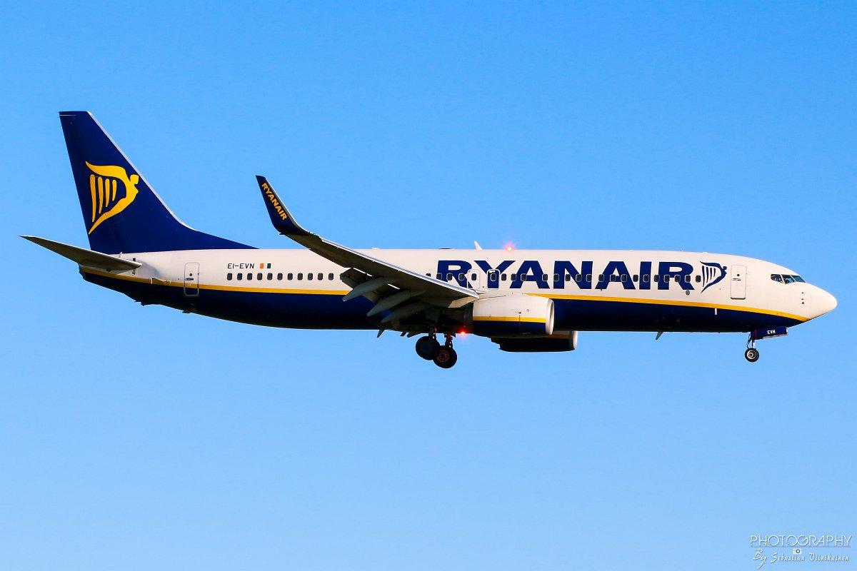 EI-EVN Ryanair B737-800, 14.08.2017