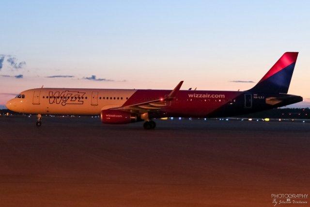 HA-LXJ Wizzair A321-200, 21.08.2017
