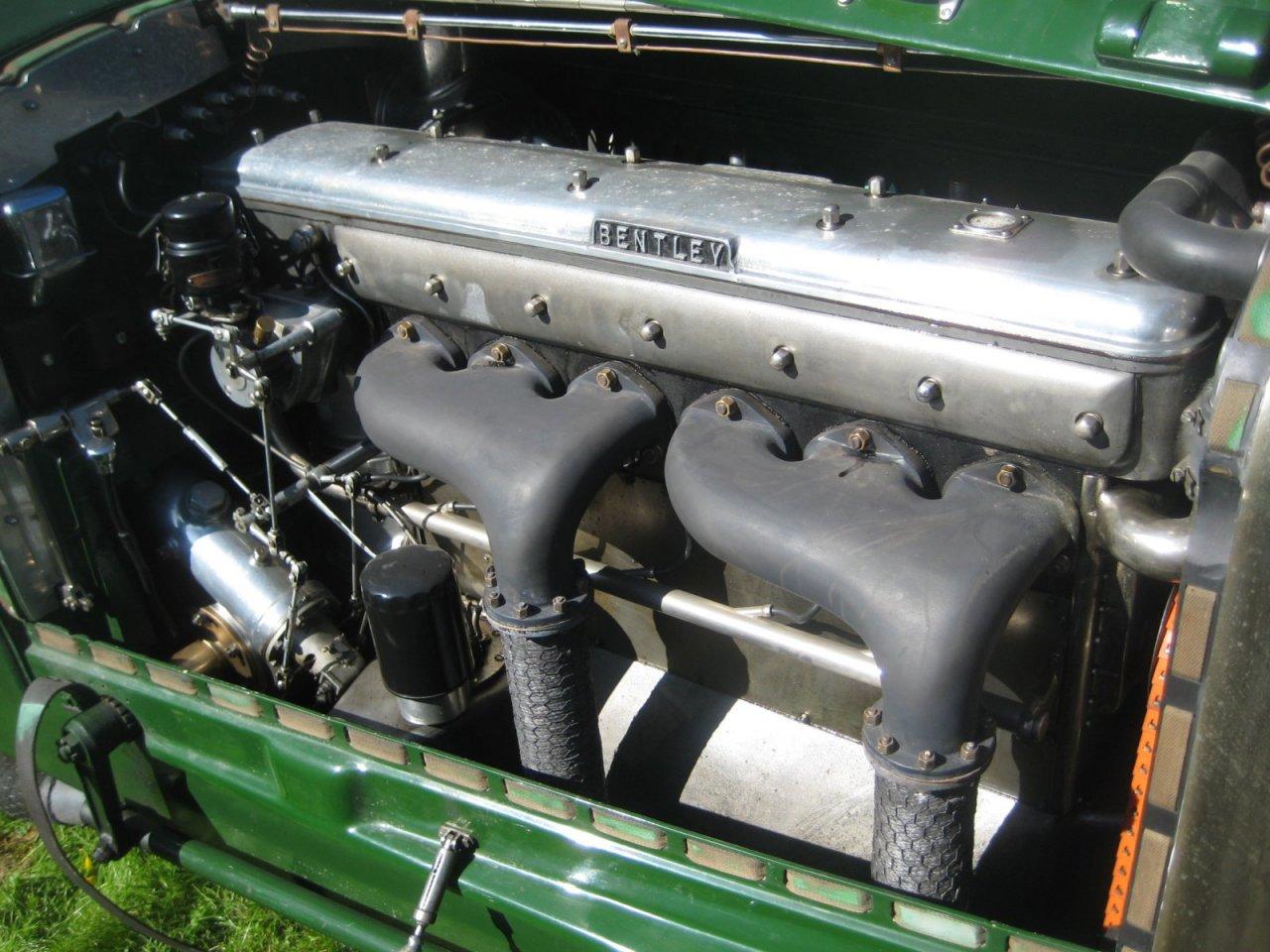 59af0870cfb49_RP17Bentleymoottori.thumb.JPG.49063d3a9e667f2aeb67c9e291b063cb.JPG