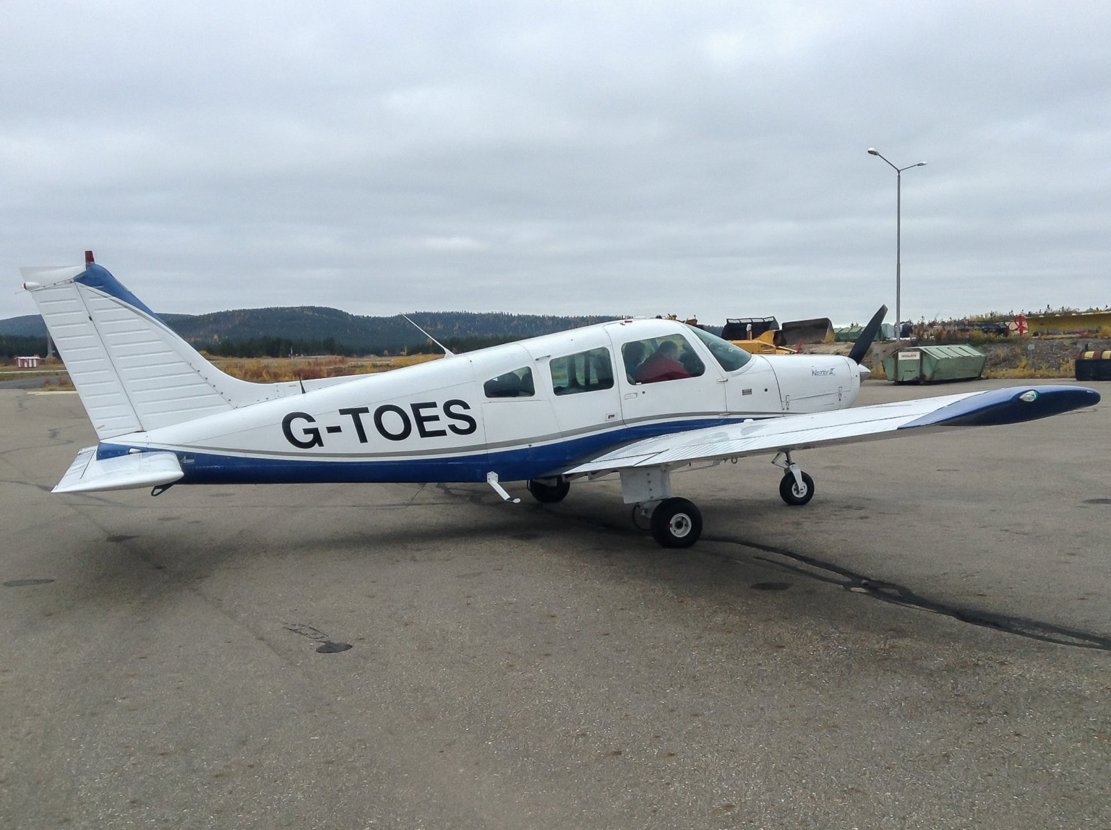 G-TOES. Piper PA-28-161. 26.9 Mehamnista Ivaloon.