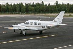 29.9. LN-NAB, Piper PA-31-310 Navajo C