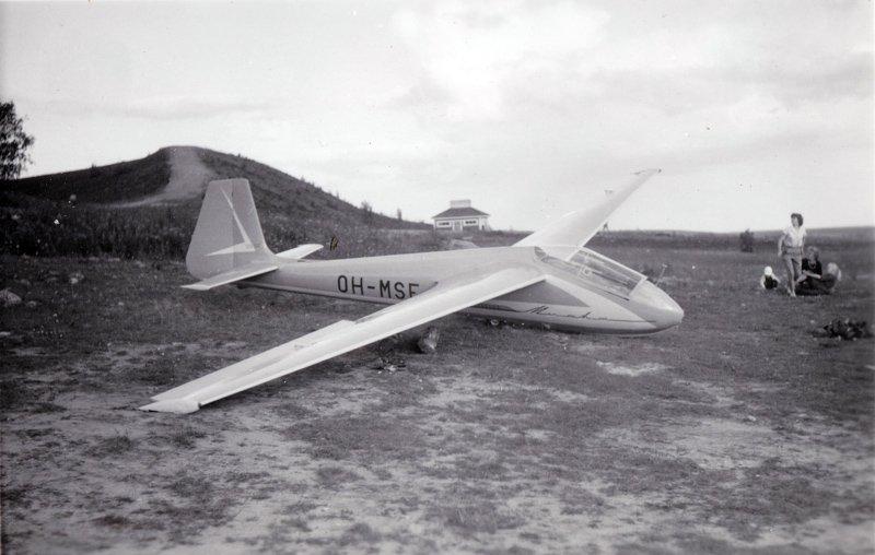 SZD-22C Mucha Standard OH-MSE  Jämillä 1962 b – kopio (2).jpg