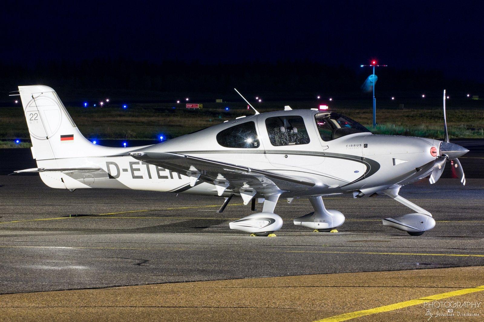 D-ETER Cirrus SR22T, 9.10.2017