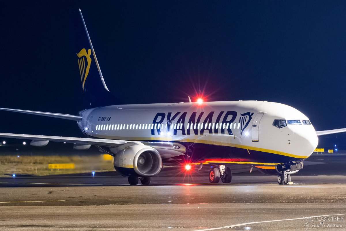 EI-DWV Ryanair B737-800, 9.10.2017