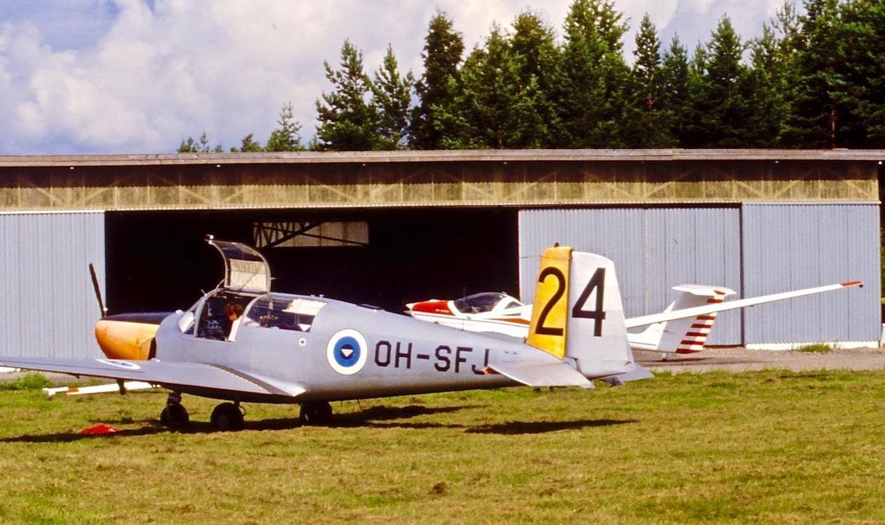 Saab 91D Safir OH-SFJ EFHN 1980s