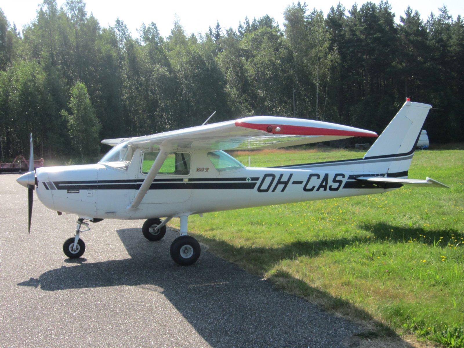 Cessna C 152T OH-CAS EFHN 2014-07-30