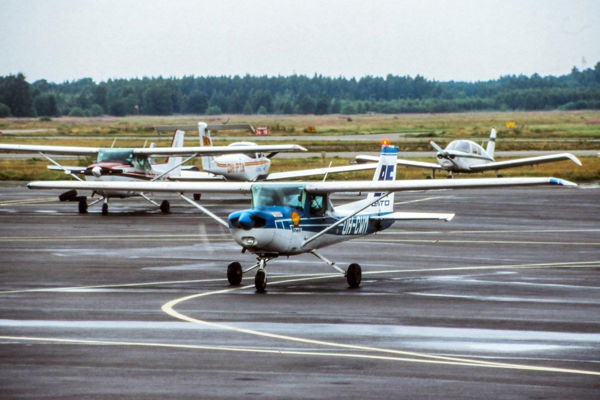 Cessna 152 OH-CWM, BF-Lento 16.7.2001