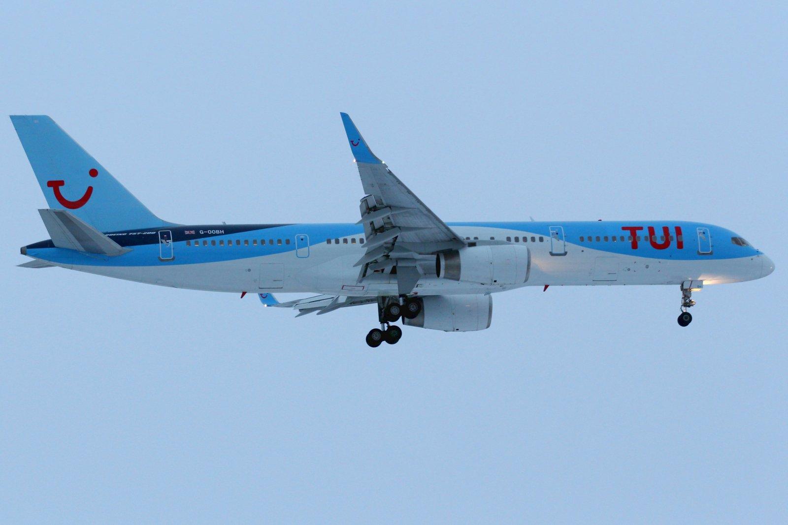 G-OOBH Boeing 757-236