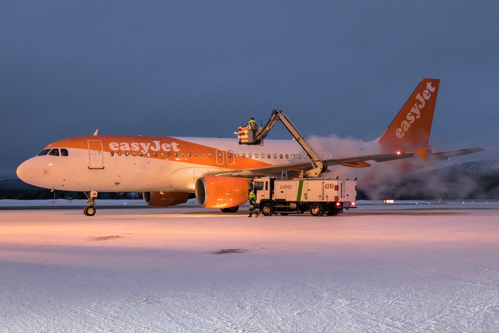 OE-IJR. Airbus 320-214