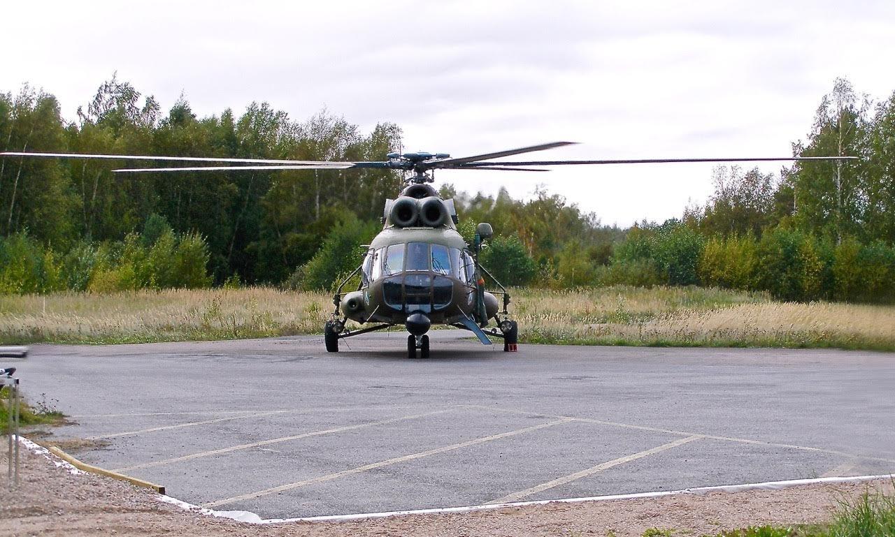 Mil Mi-8 HS-13(?) EFHN 2006-09-25