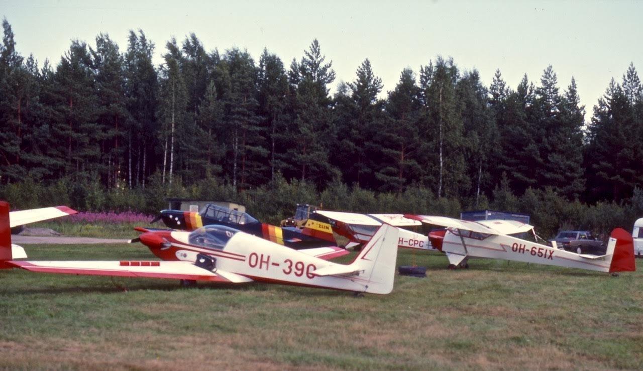 Fournier RF-4D OH-390, Piper J3C-65 Cub OH-CPC, Schleicher Motor-Lerche OH-651X & Zlin Z-126 Trener Mod OH-TZA EFHN 1986