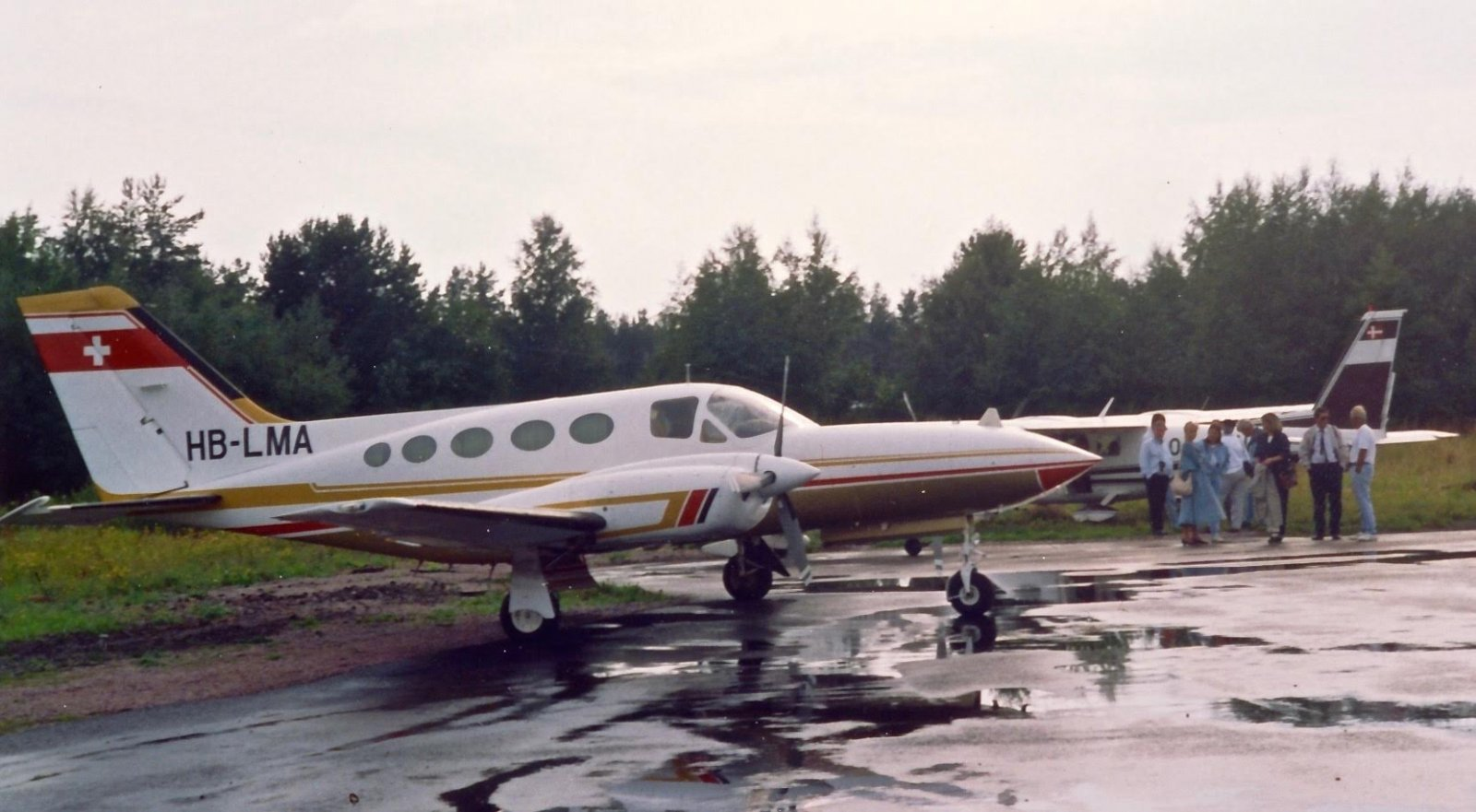 Cessna 421C Golden Eagle 3 HB-LMA EFHN 1992-08-15