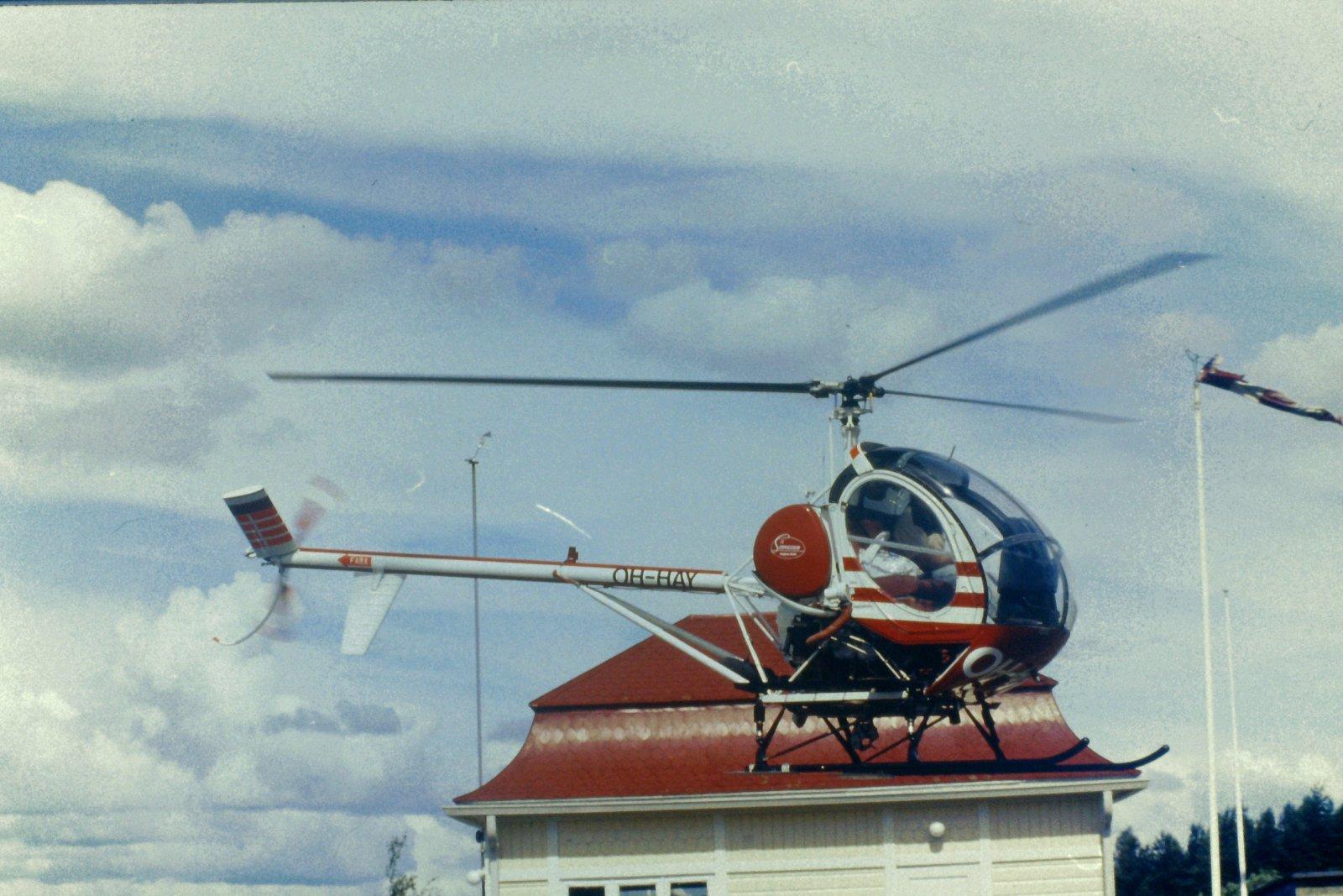 Hughes 300-269C OH-HAY EFHN 1990