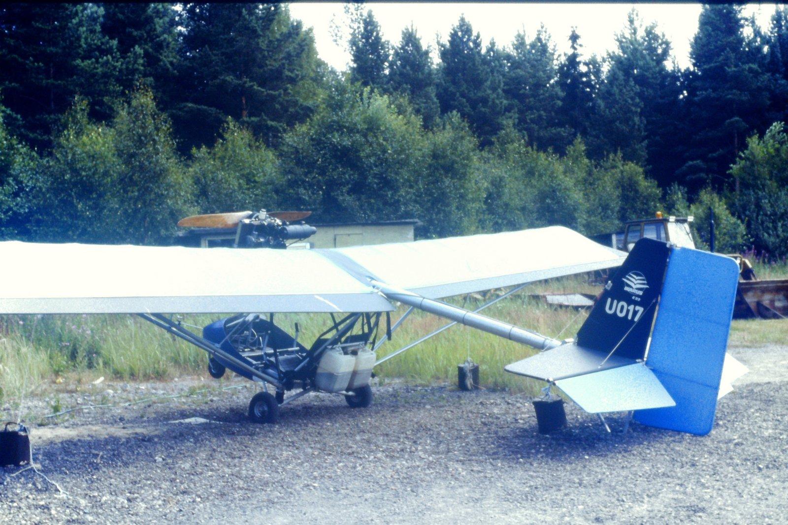 Comco Ikarus C22 OH-U017 EFHN 1989