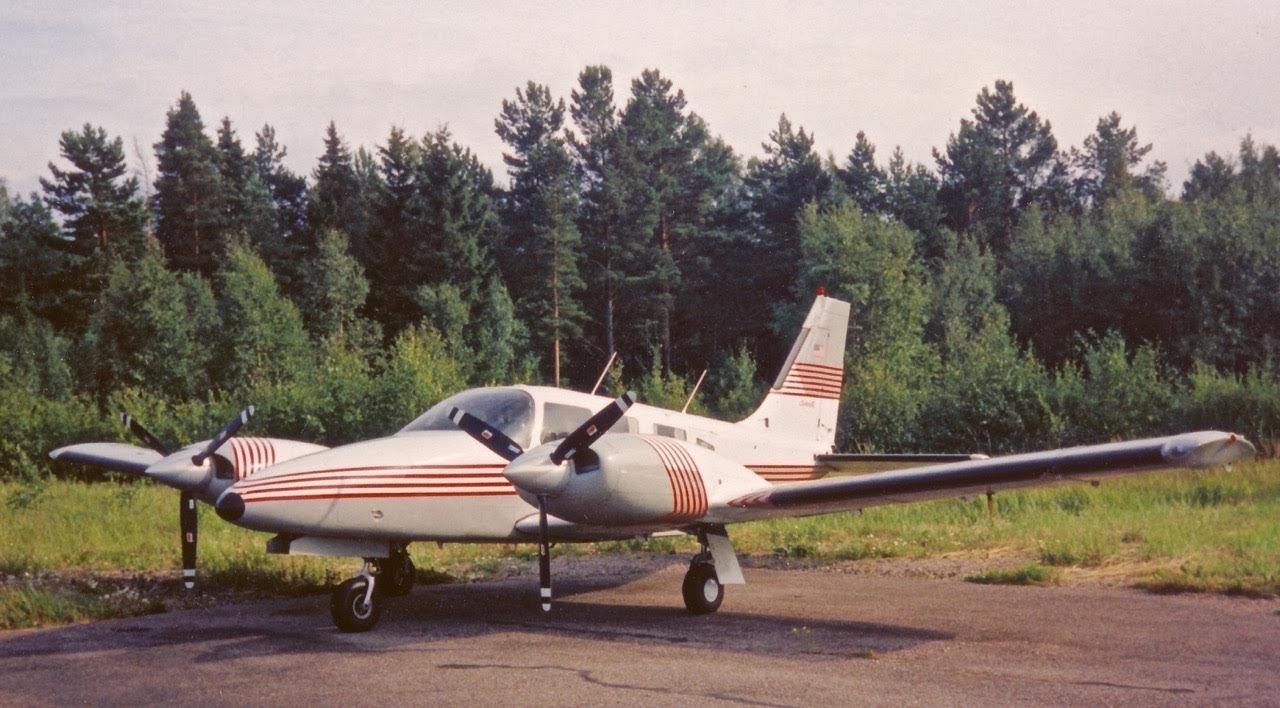 Piper PA-34-220T Seneca N300AN EFHN 1995-07-21