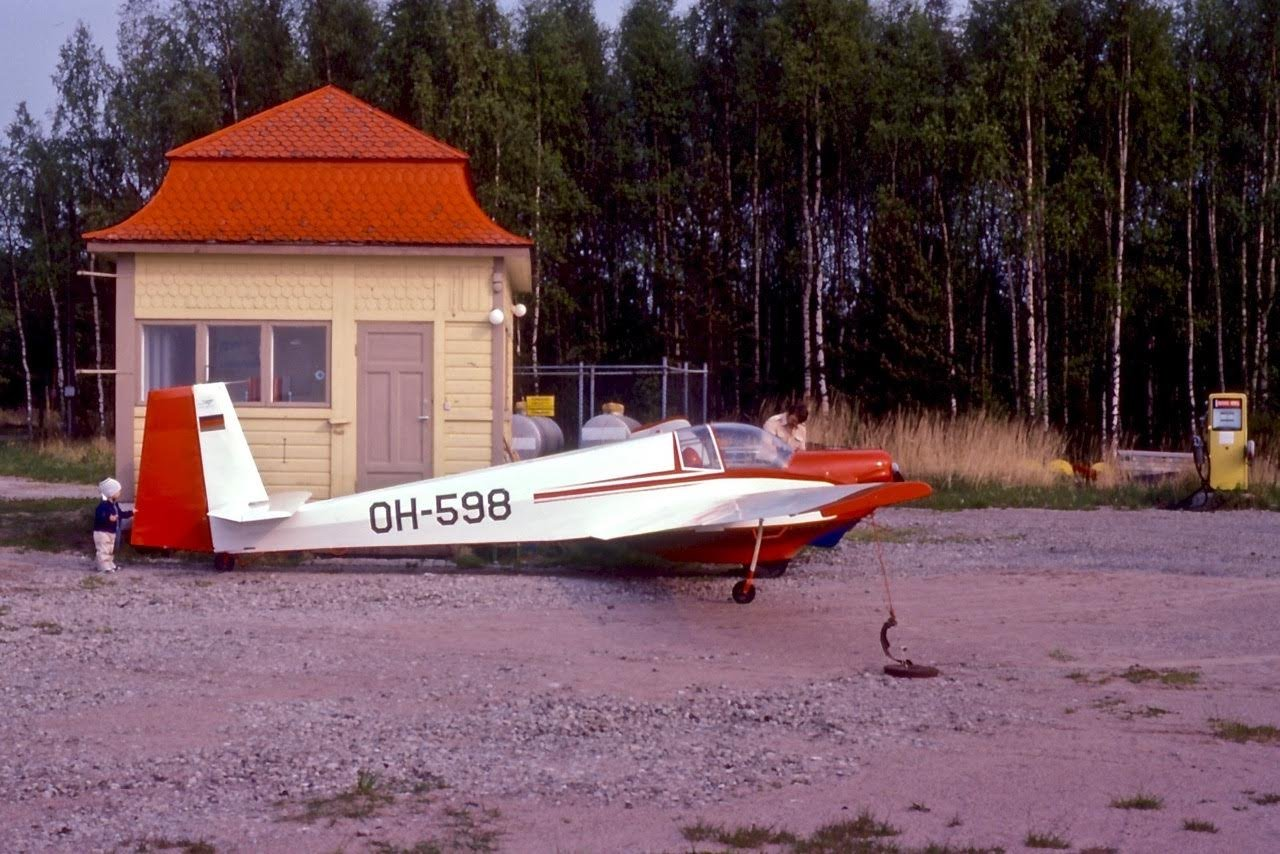 Scheibe SF-25C Falke OH-598 EFHN 1980's